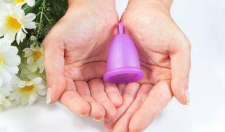 Menstruationstassen sind eine gesunde Alternative für Tampons. (Foto)