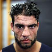 Boxer Charr angeschossen: SEK jagt den Schützen (Foto)
