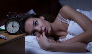 Etwa 30 Prozent der Deutschen leiden unter Einschlaf- oder Durchschlafproblemen, Frauen doppelt so häufig wie Männer. Etwa bei der Hälfte der Betroffenen ist sind die Störungen behandlungsbedürftig. (Foto)