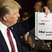 Trump verpflichtet sich Republikanern (Foto)
