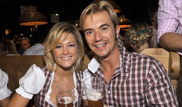 Mal ehrlich, ist das etwa noch süß? Helene und Freund Florian Silbereisen im Trachten-Partner-Look. (Foto)