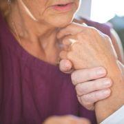 Schockierende Vermutung: Ist Alzheimer übertragbar? (Foto)