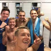HSV feiert 0:3-Sieg mit Kabinen-Selfie (Foto)