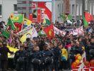 Nach einer Messer-Attacke auf einen Kurden demonstrierten in Hannover zahlreiche Menschen. (Foto)