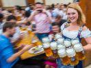 Die Bierpreise auf dem Oktoberfest haben sich auch in diesem Jahr wieder erhöht. (Foto)