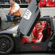 So holen Sie sich einen Schumi-Ferrari FFX - mit Autogramm (Foto)