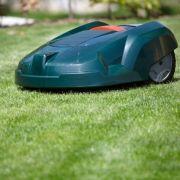 Rasenmäher-Roboter attackiert Kleinkind (Foto)