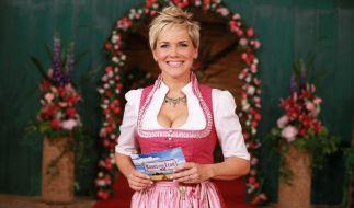 """Inka Bause will auch in der elften Staffel von """"Bauer sucht Frau"""" einsame Landwirte verkuppeln. (Foto)"""