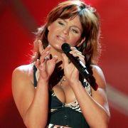 2007 zeigte Andrea Berg bei einem TV-Auftritt viel Dekolleté ... vielleicht ein bisschen zuviel!