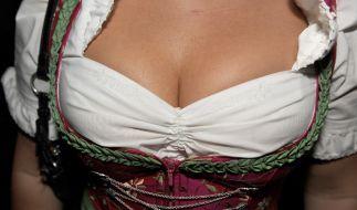 Zur Freude der Männer: Tiefe Einsichten beim Oktoberfest! (Foto)