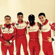 Lewandowski, Götze und Müller posieren als Formel-1-Piloten (Foto)