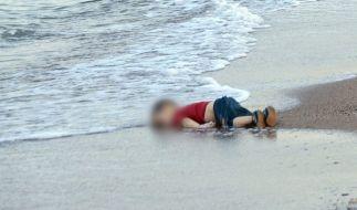 Das Bild des ertrunkenen Aylan an der Küste von Kos ging um die Welt. (Foto)