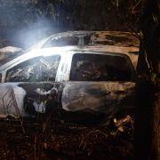 Autowrack brennt völlig auf - fünf Tote (Foto)