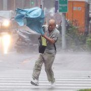 """""""Dujuan"""" wütet über Taiwan - hunderte Verletzte (Foto)"""