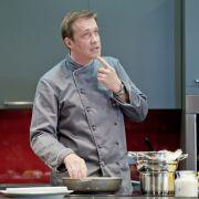 """DIESE Frau bringt den """"The Taste""""-Star zu Hause zum Kochen (Foto)"""