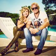 Diese Stars wollen das Millionär-Paar so richtig abzocken (Foto)