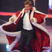 Eine Mischung aus 'nen königlichen Umhang und einem Weihnachtsmann-Kostüm. 2010 beim