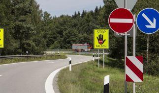 Trotz deutlicher Kennzeichung passieren Geisterfahrer-Unfälle immer wieder. (Foto)