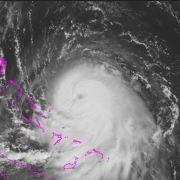 210 Kilometer pro Stunde! Monster-Hurrikan rast auf New York zu (Foto)