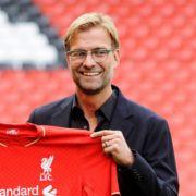 Jürgen Klopp erhält erstes Kult-Shirt in Liverpool (Foto)