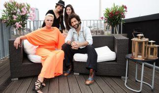 """""""Promi Shopping Queen"""" mit Massimo Sinató, Brigitte Nielsen, Mona Stöckli und Valea Katharina Scalabrino. (Foto)"""