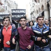 Tausende Demonstranten revoltieren gegen Erdogan (Foto)