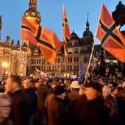 """Pegida-Demo in Dresden: """"Merkel und Gabriel sollen hängen"""" (Foto)"""