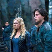 Staffel 2 mit neuen Folgen: Clarke wird zur Kriegstrophäe (Foto)