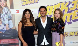 """Gizim Emre (v.l.n.r.), Elyas M'Barek und Jella Haase bei der Premiere zu """"Fack Ju Göhte 2"""". (Foto)"""