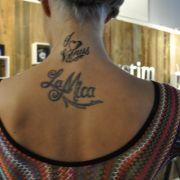 Passend zur Venus ließ sich Micaela Schäfer ein neues Tattoo stechen.
