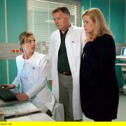 Wiederholung: Romantische Gefühle bei Dr. Globisch und Dr. Stein? (Foto)