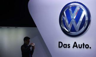 Volkswagen hat den Verkauf von Neuwagen mit Manipulations-Software in der EU gestoppt. (Foto)