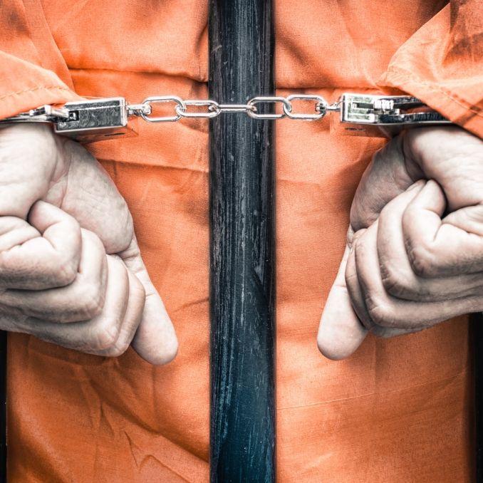 Islamischer Staat schleift Gefangene zu Tode (Foto)