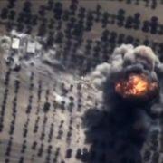 Zehntausende Syrer auf der Flucht vor Putins Bomben (Foto)