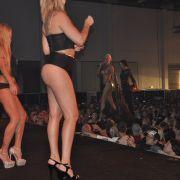 Auf der Showbühne präsentierte die Nacktschnecke ihren Song