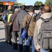 Merkel beschließt Eilverfahren für Abschiebungen (Foto)