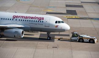 Bei einem Flug von Köln nach Mallorca verlor ein Germanwings-Flieger beim Start die Triebwerk-Abdeckung. (Foto)
