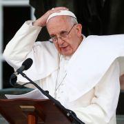 Hat Papst Franziskus einen Hirntumor? (Foto)