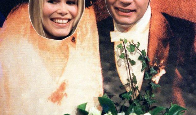 """Oftmals kommt Günther Jauch allerdings nicht selbst auf die Idee, den Prinz Peinlich zu mimen. 1998 gab er gemeinsam mit Claudia Schiffer in Bremen bei """"Wetten, dass ..? ein schmuckes Paar ab. (Foto)"""