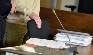 Arzt gesteht vor Gericht Missbrauch der eigenen Patentochter. (Foto)