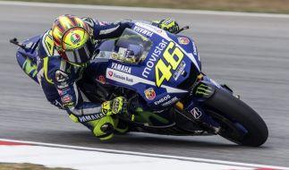 Valentino Rossi will unbedingt seinen 10. Weltmeister-Titel holen - und zieht dafür alle Register. (Foto)