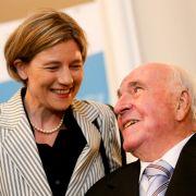 Altkanzler Kohl darf endlich wieder nach Hause (Foto)