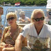 Robert und Carmen Geiss flachgelegt! Restaurant-Besuch im Liegen (Foto)