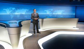 Jan Hofer und seine Beine in voller Pracht. (Foto)