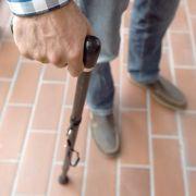 Maskierte überfallen Berliner Rentner in seiner Wohnung (Foto)