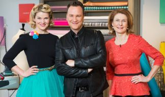 """Der beliebte Modedesigner und """"Shopping Queen""""-Kritiker Guido Maria Kretschmer moderiert nun auch die Sendung """"Geschickt eingefädelt"""" und wird dabei von Inge Szoltysik-Sparrer und Anke Müller unterstützt. (Foto)"""