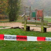Frau in Flammen auf Flensburger Spielplatz (Foto)
