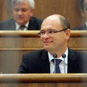 Slowakischer Politiker: Merkel ist schuld an toten Kindern (Foto)