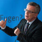Innenminister de Maizière will Flüchtlingsstrom entgegenwirken (Foto)