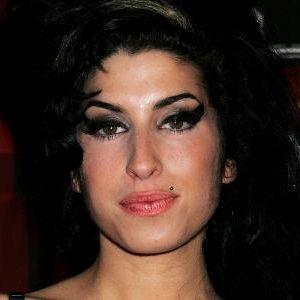 Amy Winehouses Leben vom Aufstieg im Musikbusiness bis zu ihrem tragischen Tod soll fürs Kino verfilmt werden.